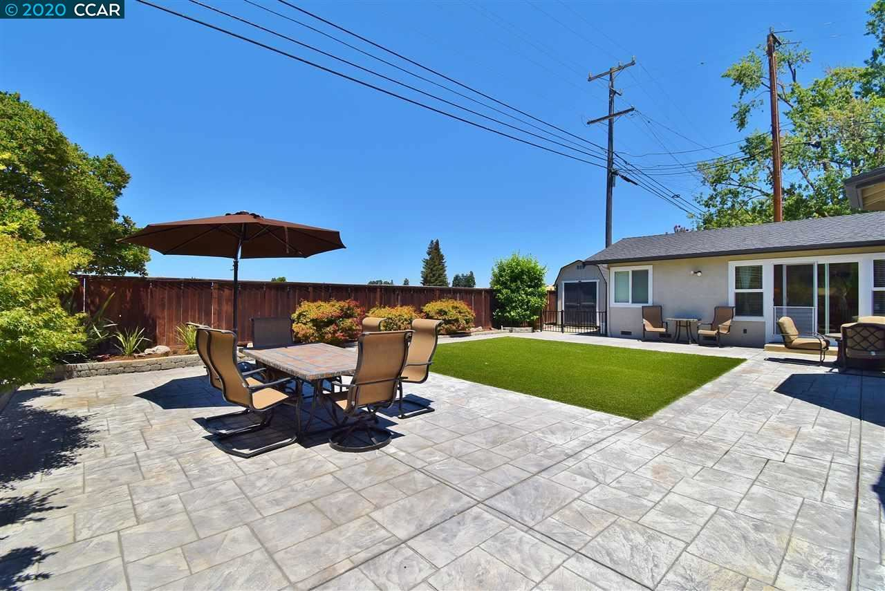 Photo of 3141 San Gabriel Drive, CONCORD, CA 94518-2804 (MLS # 40910366)