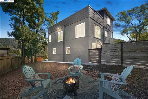 Photo of 6014 Majestic Ave, OAKLAND, CA 94605-1867 (MLS # 40939367)