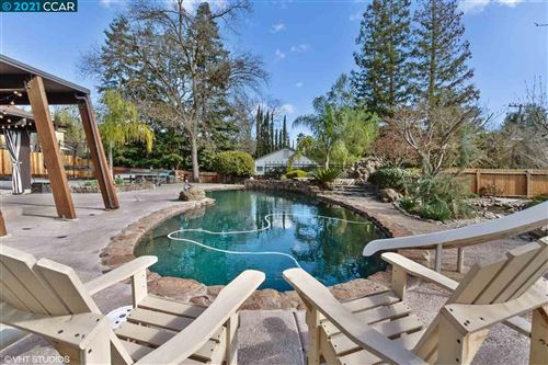 Photo of 908 La Gonda Way, DANVILLE, CA 94526 (MLS # 40920368)