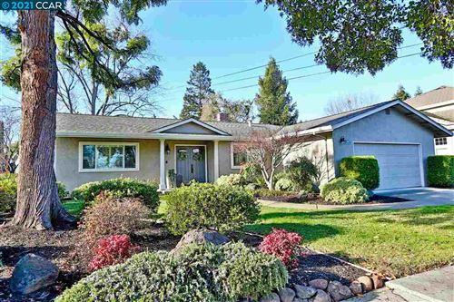 Photo of 815 Bethany Ln, CONCORD, CA 94518 (MLS # 40934368)