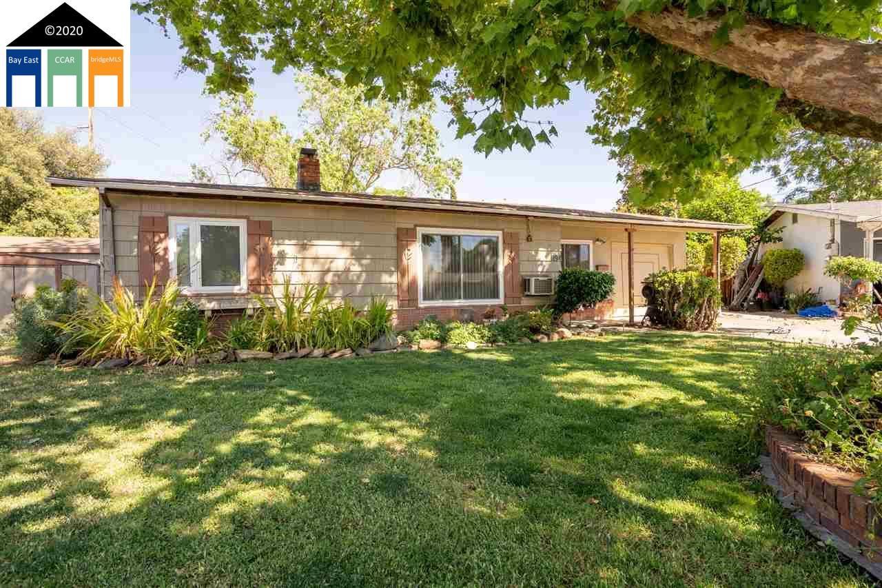 Photo of 1194 Haven Ct, CONCORD, CA 94520 (MLS # 40907368)