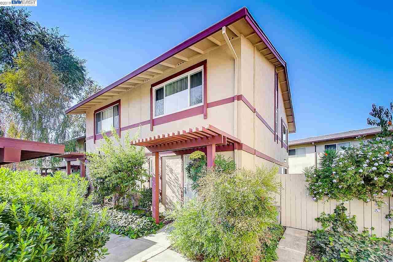 Photo for 1511 Parkwood Pl, CONCORD, CA 94521 (MLS # 40888369)