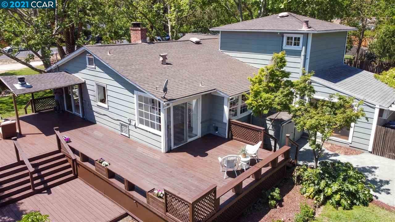 Photo of 2318 Warren Rd, WALNUT CREEK, CA 94595 (MLS # 40948369)