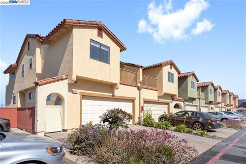 Photo of 2346 Beach Blvd, PACIFICA, CA 94404 (MLS # 40912370)