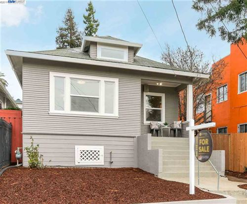 Photo of 1110 E 22Nd St, OAKLAND, CA 94606 (MLS # 40890374)