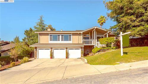 Photo of 44344 Parkmeadow Dr, FREMONT, CA 94539 (MLS # 40912374)