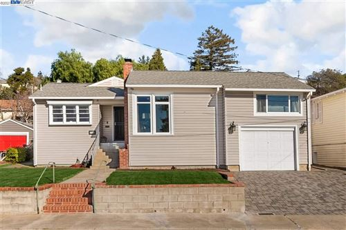 Photo of 17154 Esteban St, HAYWARD, CA 94541 (MLS # 40935374)
