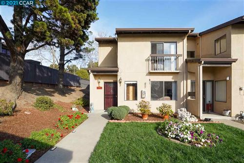 Photo of 9722 Hillgrade Ct, OAKLAND, CA 94603 (MLS # 40935375)