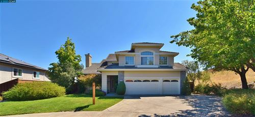 Photo of 620 Vine Hill Lane, SAN RAMON, CA 94583 (MLS # 40966375)