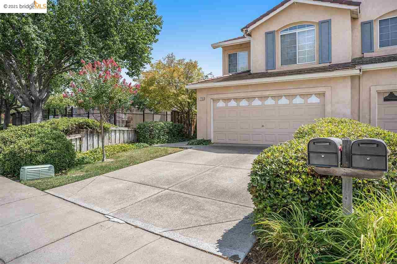 Photo of 1710 Periwinkle Way, ANTIOCH, CA 94531 (MLS # 40961375)