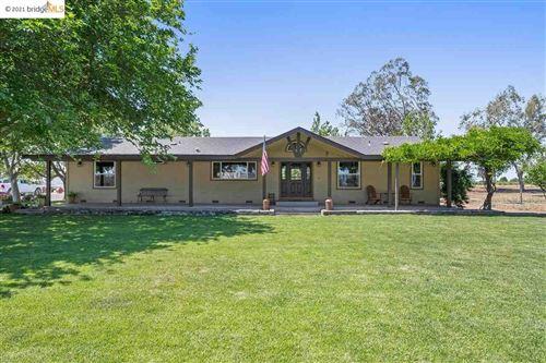 Photo of 8476 Byron Hwy, BRENTWOOD, CA 94513 (MLS # 40948376)