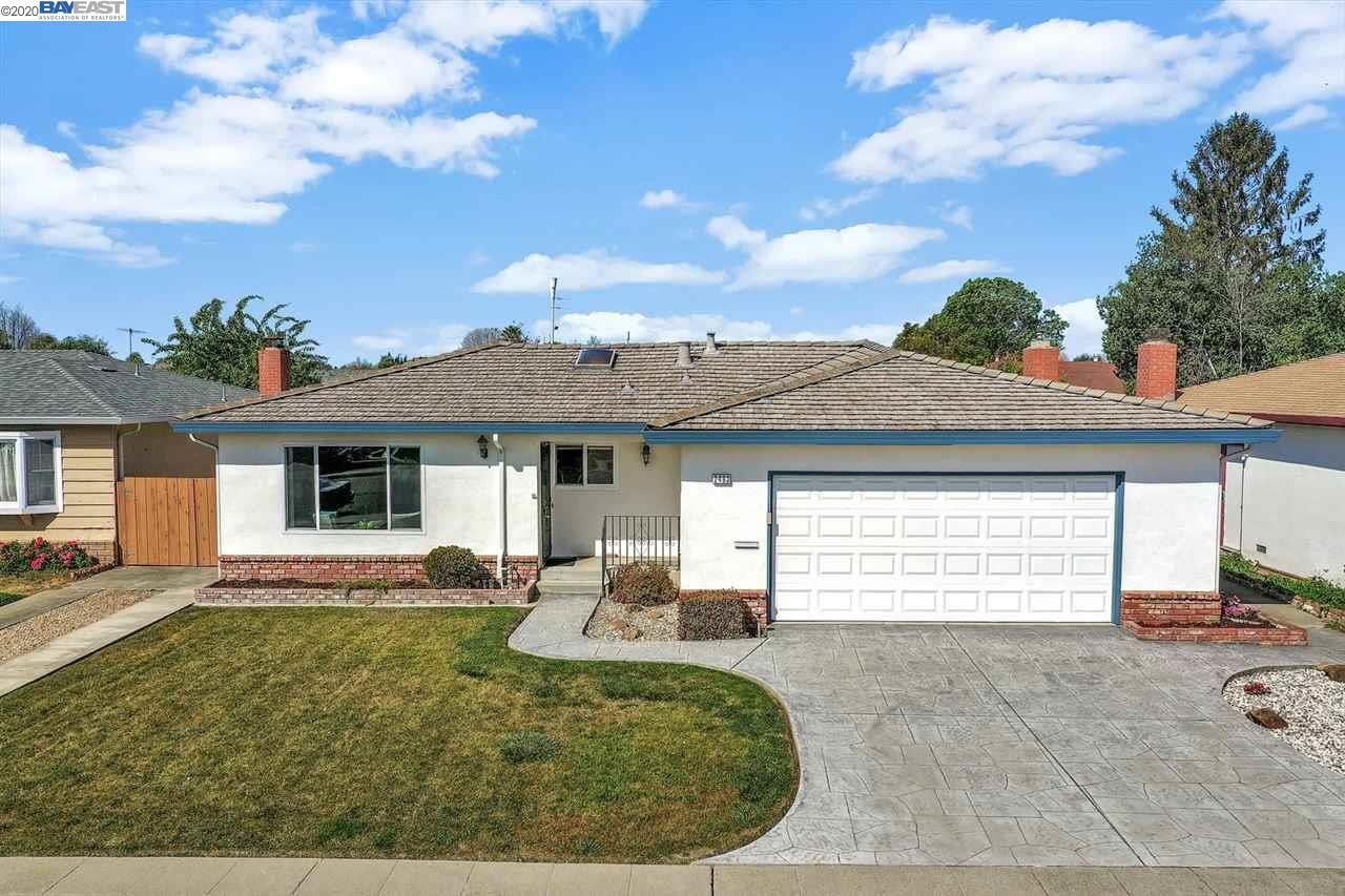 Photo for 2463 Hilton Street, UNION CITY, CA 94587 (MLS # 40900377)