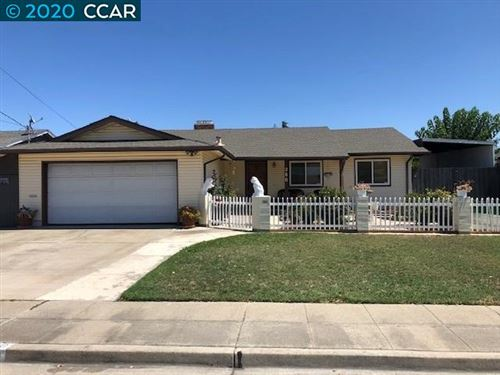 Photo of 280 El Caminito, LIVERMORE, CA 94550 (MLS # 40916378)