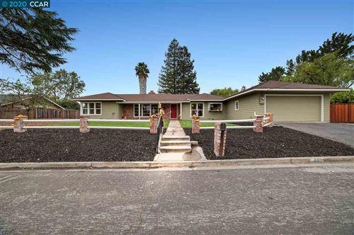 Photo of 23 Marlee Rd, PLEASANT HILL, CA 94523 (MLS # 40925380)