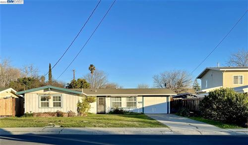 Photo of 3306 Esperanza Dr, CONCORD, CA 94519 (MLS # 40940380)