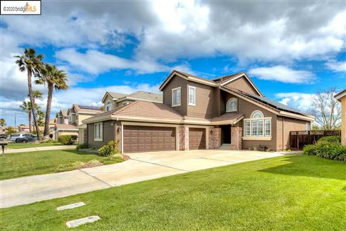 Photo of 2205 Prestwick Dr, DISCOVERY BAY, CA 94505 (MLS # 40900381)