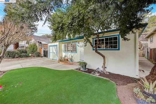 Photo of 18990 Stanton, CASTRO VALLEY, CA 94546-2805 (MLS # 40935383)