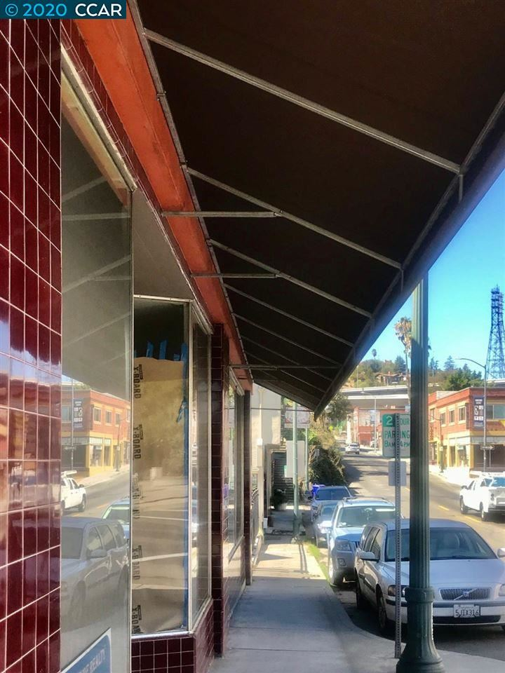 Photo of 1303 POMONA ST, CROCKETT, CA 94525 (MLS # 40927383)