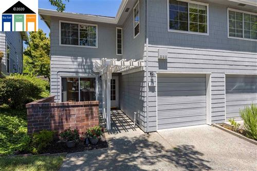 Photo of 211 Pebblecreek Ct, MARTINEZ, CA 94553 (MLS # 40910384)