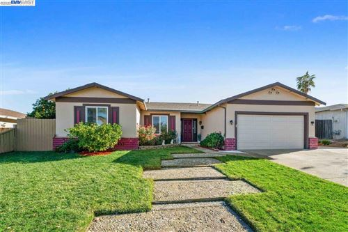 Photo of 1701 Lilac Ln, ANTIOCH, CA 94509 (MLS # 40930386)