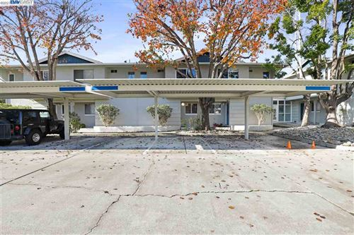 Photo of 20153 Forest Ave #12, CASTRO VALLEY, CA 94546 (MLS # 40934386)