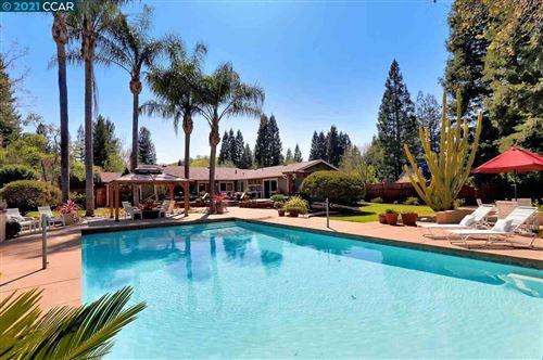 Photo of 1301 Still Creek Pl, DANVILLE, CA 94506 (MLS # 40944386)