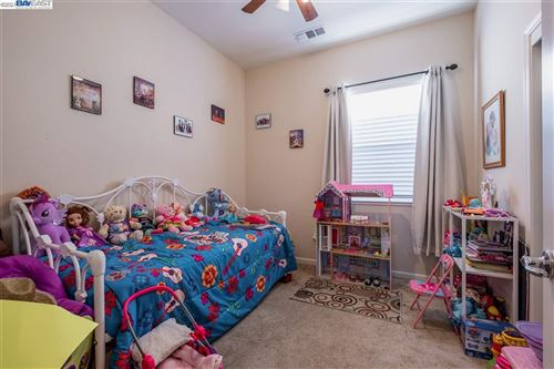 Tiny photo for 1613 Luna Bella Ln, MANTECA, CA 95337 (MLS # 40935387)