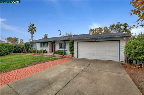 Photo of 4290 Woodson Ct, CONCORD, CA 94521 (MLS # 40890388)