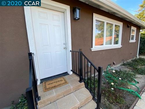 Photo of 1448 Rosal Ln #A, CONCORD, CA 94521 (MLS # 40900388)