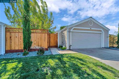 Photo of 3221 Islewood Ct, ANTIOCH, CA 94531 (MLS # 40922390)