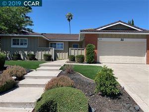 Photo of 231 Hardwick Place, SAN RAMON, CA 94583 (MLS # 40877391)
