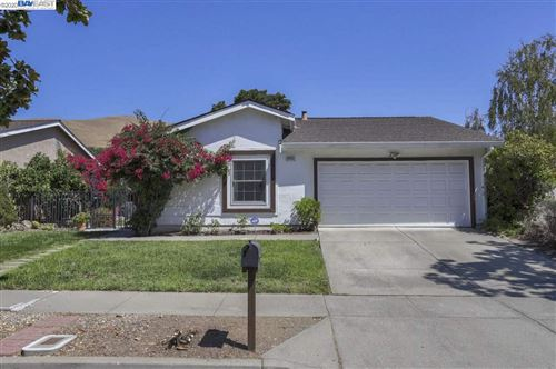 Photo of 39350 Zacate Ave, FREMONT, CA 94539 (MLS # 40895391)