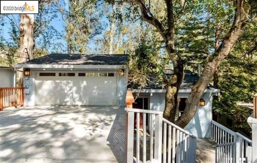 Photo of 7099 Pinehaven Rd #7099, OAKLAND, CA 94611 (MLS # 40906391)