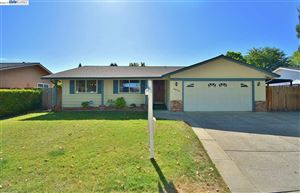 Photo of 4574 Mohr Ave, PLEASANTON, CA 94566 (MLS # 40885392)