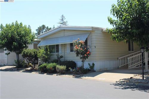 Photo of 3231 Vineyard Ave #80, PLEASANTON, CA 94566 (MLS # 40959392)
