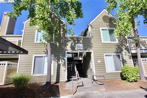 Photo of 265 Reflections Drive #16, SAN RAMON, CA 94583 (MLS # 40910393)