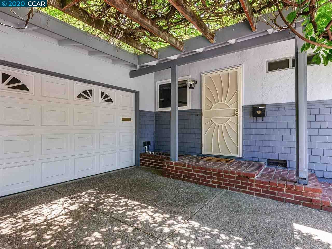 Photo of 1882 Queens Rd, CONCORD, CA 94519 (MLS # 40906393)