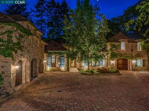 Photo of 5 Canyon View Dr, ORINDA, CA 94563 (MLS # 40871394)