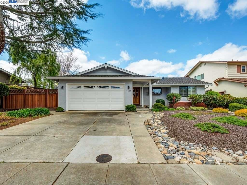 Photo of 1437 Roselli Drive, LIVERMORE, CA 94550 (MLS # 40900394)