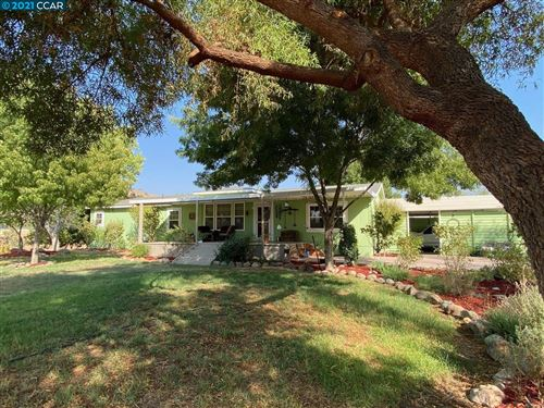 Photo of 31750 Success Valley Dr, Porterville, CA 93257 (MLS # 40964399)