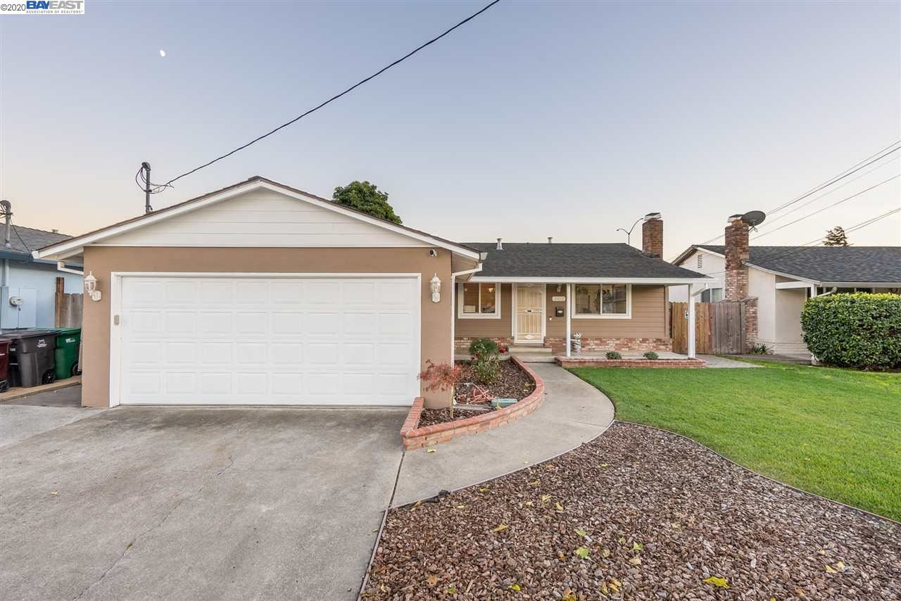 Photo for 2472 Cryer St, HAYWARD, CA 94545 (MLS # 40930400)
