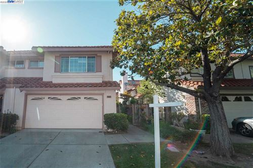 Photo of 1552 Poppybank Ct, PLEASANTON, CA 94566 (MLS # 40909404)