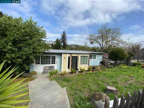 Photo of 4747 Canyon Rd, EL SOBRANTE, CA 94803 (MLS # 40900405)