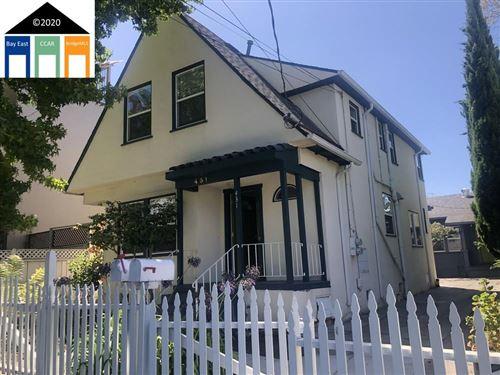 Photo of 431 Alcatraz Avenue, OAKLAND, CA 94609 (MLS # 40918405)