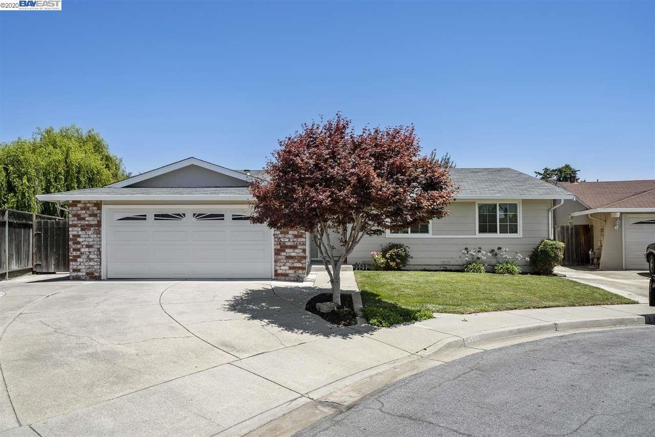 Photo for 34552 Egerton Pl, FREMONT, CA 94555 (MLS # 40913407)