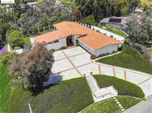 Photo of 5465 Middlecrest Rd, RANCHO PALOS VERDES, CA 90275 (MLS # 40865409)
