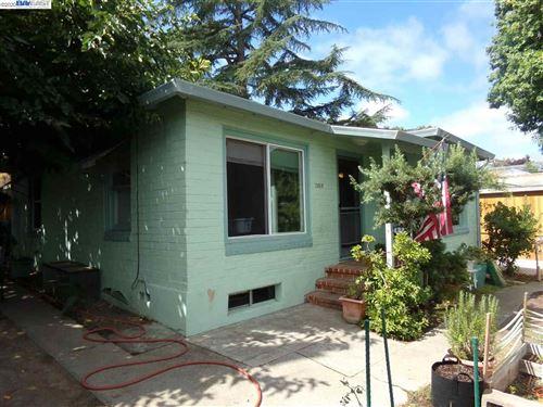 Photo of 2950 Sycamore St, MARTINEZ, CA 94553 (MLS # 40915410)