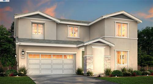 Photo of 5343 Hames Valley Lane, ANTIOCH, CA 94531 (MLS # 40968412)