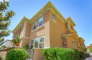 Photo of 577 Selby Ln #3, LIVERMORE, CA 94551 (MLS # 40874414)