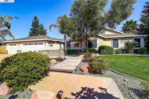 Photo of 28250 S Zephyr Dr, TRACY, CA 95304 (MLS # 40901414)